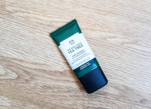 The Bodyshop Tea Tree Pore Minimiser